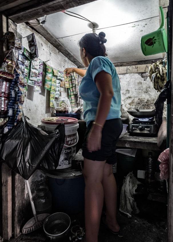 slum kitchen