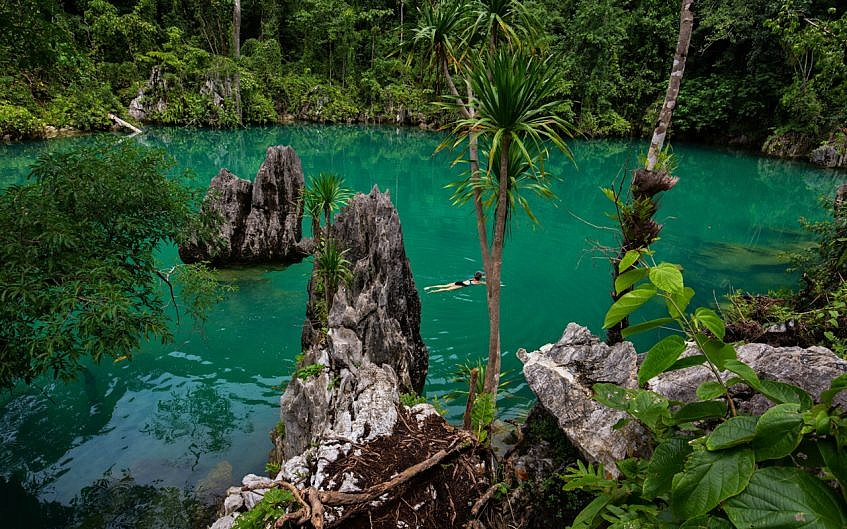 Labengki Blue Lagoon.jpg