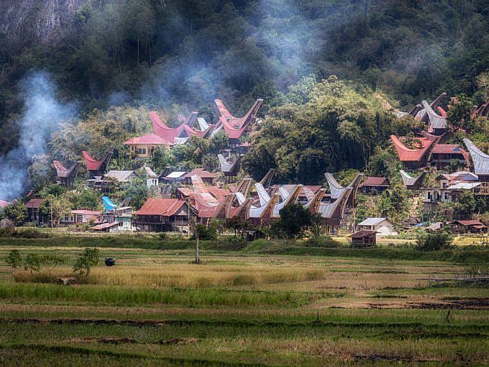 toraja village jpg